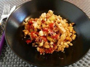 Crumble de poulet au parmesan et ses légumes du soleil